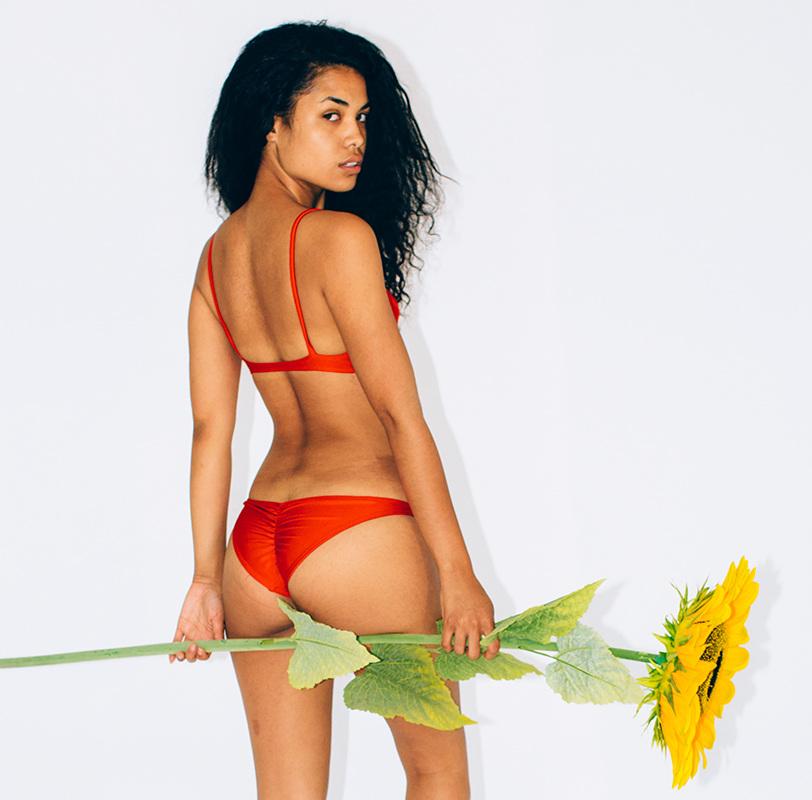 Asia Dee